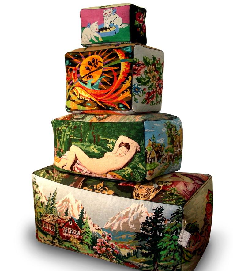 Tapestry_pouf_3_2