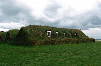 Turf_house_pascal_fellenneau