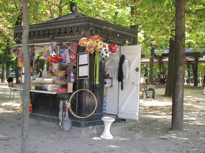 candy shop jardin des tuileries