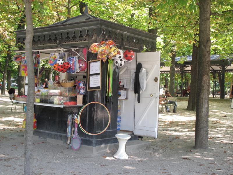 candy shop jardin des tuileries