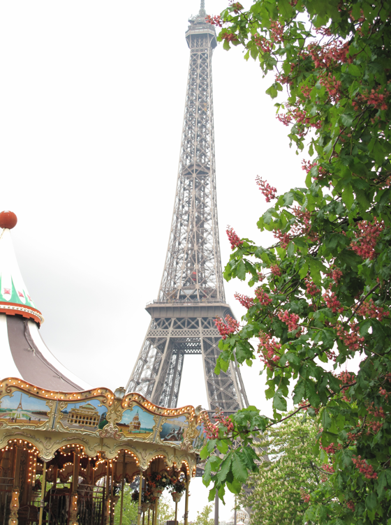 Eiffel tower and merry go round